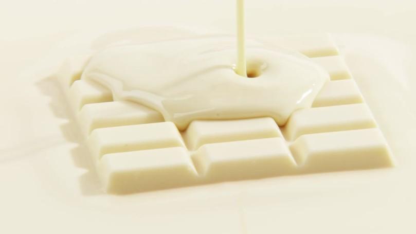 705767585-chocolate-bar-white-chocolate-chocolate-cake-couverture